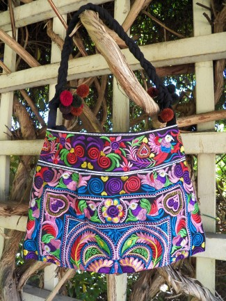 fair trade handbag, fair trade purse, embroidered handbag, Thai purse